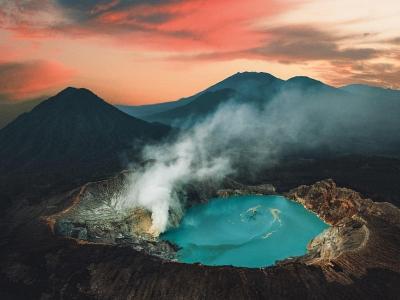Libur Akhir Tahun Tiba, Ini 8 Destinasi Wisata Paling Hits di Medsos