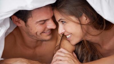 Langsung Berdiri Usai Orgasme Perbesar Peluang Hamil, Mitos atau Fakta?