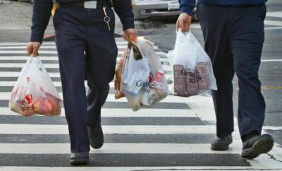 Plastik Bakal Dikenakan Cukai, Mulai Kapan?