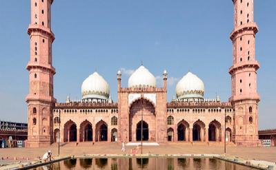 6 Masjid Terbesar di Dunia, Salah Satunya di Indonesia