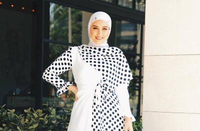 3 Outfit Hijab Motif Polkadot, Nomor 1 Beraksen Lonceng