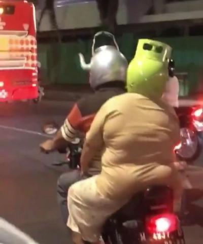 Begini Cara Pasangan Pemotor Tampil Serasi di Jalan raya