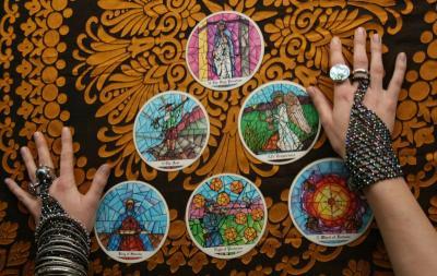 Konsultasi Tarot: Tanpa Restu Orangtua, Saya Hamil di Luar Nikah