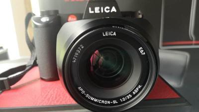 Resmi Meluncur, Ini Wujud Leica SL2 yang Dibanderol Rp103 Jutaan