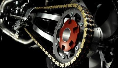 Sepeda Motor Gunakan Rantai & Belt, Mana Lebih Awet?