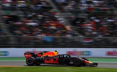 Verstappen Puas Akhiri Musim di Depan Pembalap Ferrari