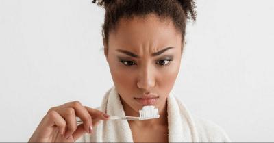 Obati Jerawat dengan Pasta Gigi, Ampuh atau Malah Berbahaya?