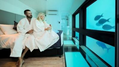 Intip Mewahnya Hotel Bawah Laut Pertama di Australia, Rp7,6 juta per Malam!