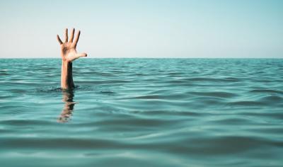 Bocah 12 Tahun Tenggelam saat Berenang di Kali Angke, Hingga Kini Belum Ditemukan