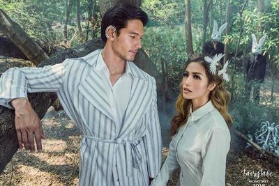 Potret Mesra Jessica Iskandar dan Richard Kyle Tidur Bareng di Kolam Renang