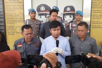 Dituduh Jadi Germo Pramugari, Bos Garuda Indonesia Polisikan Akun  digeeembok