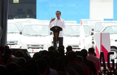 Presiden Lepas Ekspor 120 Isuzu Traga ke Filipina