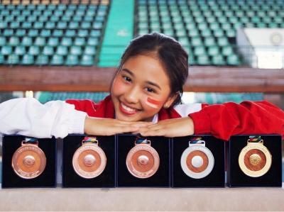 Pesona Rifda Irfanaluthfi Atlet Senam Cantik yang Senyumnya Bikin Cowok Klepek-Klepek!