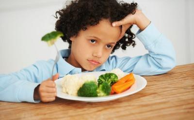 Trik Bujuk Anak Mau Konsumsi Makanan Sehat