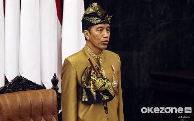 Jokowi Teken Aturan Wajib Sediakan Tenaga Kompeten di Bidang Perdagangan Jasa, Ini Isinya