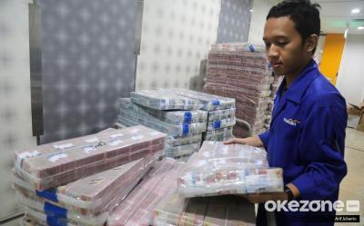 Ratusan Triliun Uang Negara 'Nganggur' di Rekening Daerah
