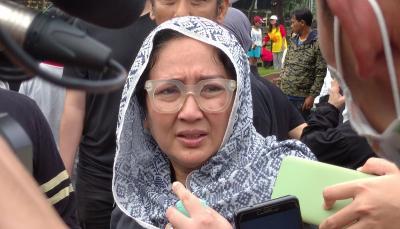 Satu Liang Lahad dengan Suami, Dewi Irawan: Cita-Cita Ibu Terwujud