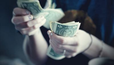 Uang Kertas Terbakar, Warga Australia Tukar di Bank Terdekat