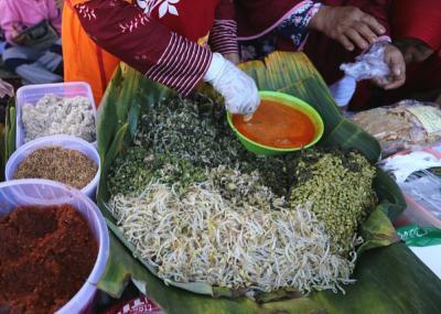 Enaknya Nasi Pagar Bertabur Petai, Kuliner Khas Grobogan