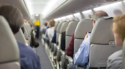 Cegah Virus Korona, Penumpang Pesawat Harus Tahu 4 Langkah Ini