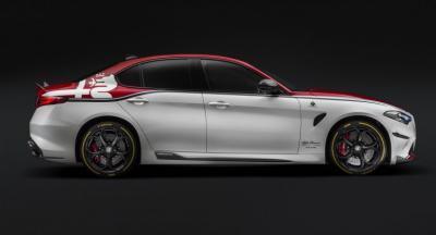 Alfa Romeo Siap Luncurkan Supercar Gahar dengan Bobot Ringan