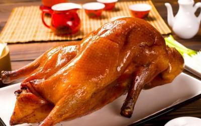 Resep Bebek Peking untuk Rayakan Imlek, Wajib Disajikan Utuh