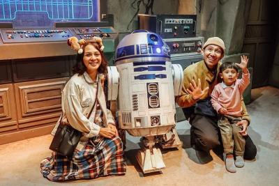 Pamer Liburan di Disneyland Hong Kong, Andien Diingatkan soal Virus Corona