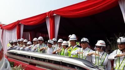 Waspada Virus Korona, Pekerja Kereta Cepat Jakarta-Bandung Di-screening
