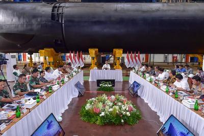 Permintaan Jokowi ke BUMN Industri Pertahanan