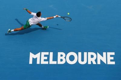 Djokovic Waspadai Serbuan Misil Raonic di Perempatfinal Australia Open 2020