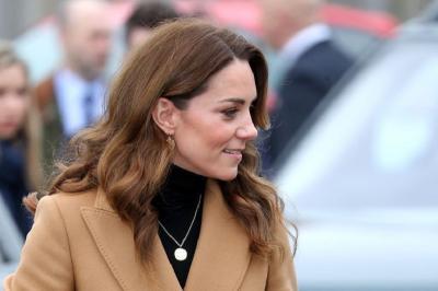 Makna di Balik Kalung Emas Kate Middleton, Bikin Hati Tersentuh