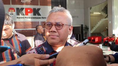 Usai Diperiksa KPK, Ketua KPU: Ditanya Terima Uang atau Tidak?