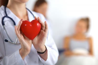 Belajar dari Penyakit Ashraf Sinclair, Ini Mitos Penyakit Jantung yang Salah