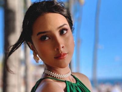 Potret Gemas Anya Geraldine Kenakan Dress Hijau, Netizen Auto Sayang!