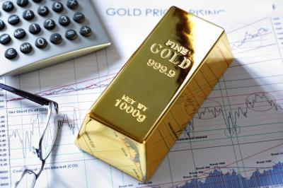 Naik 1%, Harga Emas Sentuh Level USD1.600 Ounce