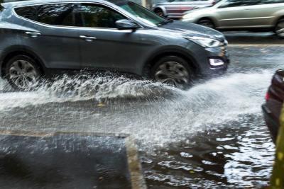 Ini Besaran Anjloknya Harga Mobil Seken Terdampak Banjir Rob