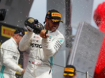 Fokus ke F1 2020, Hamilton Belum Mau Pikirkan Kontrak Baru