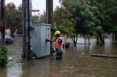 Jakarta Banjir, PLN Matikan 303 Gardu Listrik