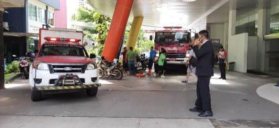 Banjir Rendam RSCM, Tim Damkar dan Pasukan Oranye Sedot Genangan