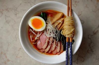 4 Makanan Jepang Halal Berkuah yang Wajib Kamu 'Seruput' saat ke Singapura