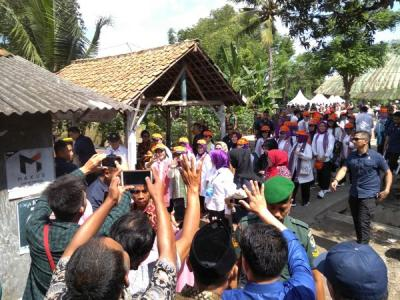 Iriana Jokowi Serahkan Bantuan 1.000 Jamban untuk Warga Kota Serang