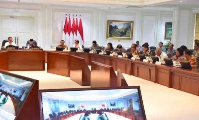 Jokowi Minta Mendagri Ingatkan Kepala Daerah Percepat Belanja APBD