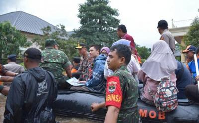 20 Kecamatan Terendam, Bekasi Tetapkan Status Darurat Banjir