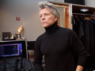 Jon Bon Jovi Gandeng Pangeran Harry Nyanyikan Unbroken