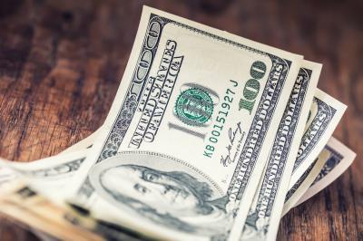 Investor Buru Obligasi, Dolar AS Menguat