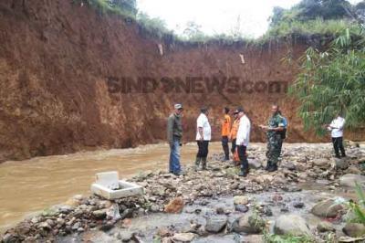 Makam di TPU Kebon Nanas Terancam Longsor Bakal Direlokasi