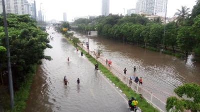 BNPB: Ada 88 Titik Pengungsian Banjir di Jabodetabek dan Karawang