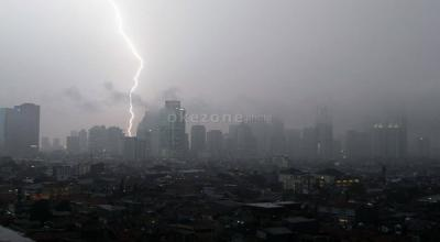 Akhir Pekan Ini Jakarta Diperkirakan Masih Diguyur Hujan