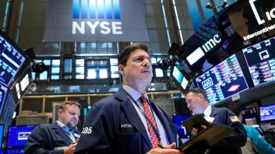 Kasus Corona AS Terbanyak di Dunia Lewati 100.000, Wall Street Jatuh