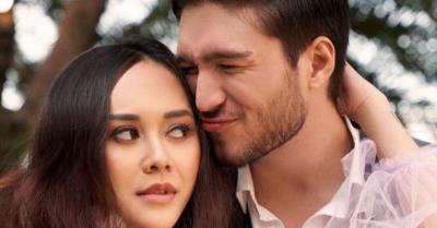 Virus Corona Buat Aura Kasih dan Putrinya Tak Bisa Temui Eryck Amaral
